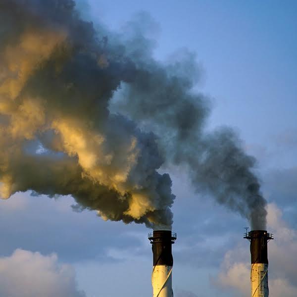 Budeme vyrábět metanol zoxidu uhličitého vatmoféře? Kredit: Gregory Heath, CSIRO.