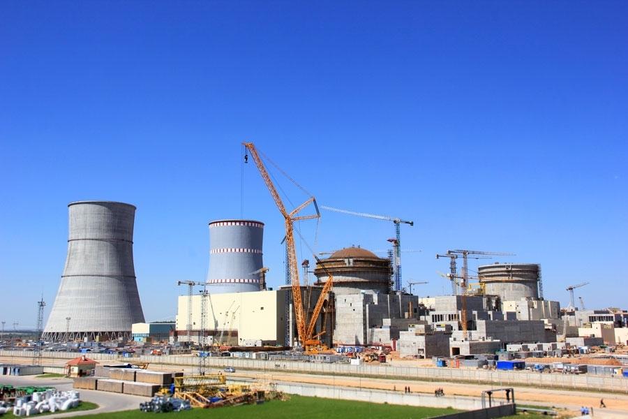 V  současné době se úspěšně dokončují dva bloky VVER1200 v běloruské jaderné elektrárně Ostrovec (zdroj stránky Běloruské jaderné elektrárny).