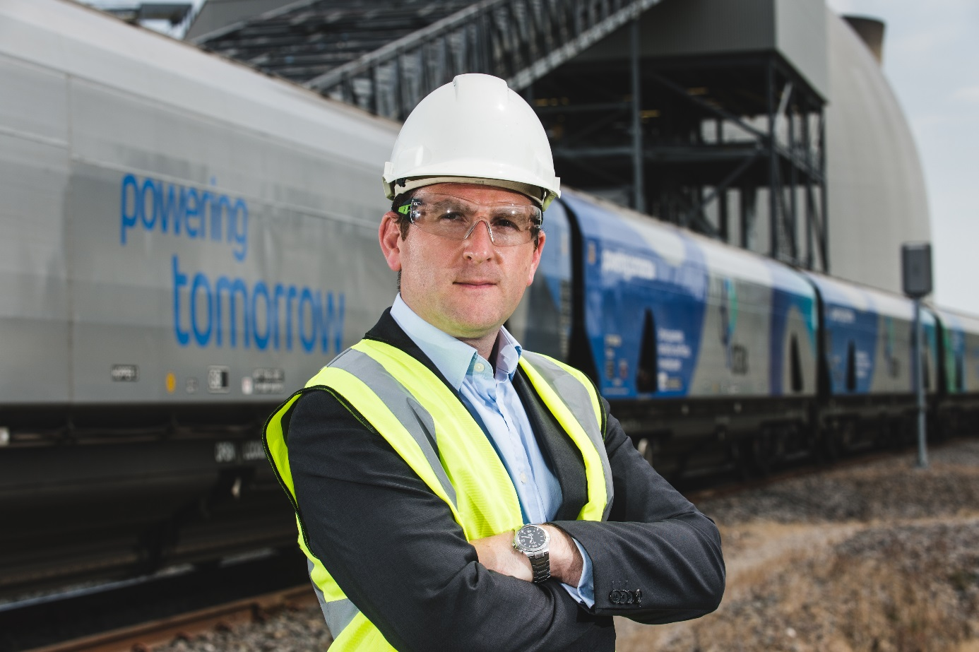 Vlaky přivážejí pelety do elektrárny Drax (zdroj Drax).