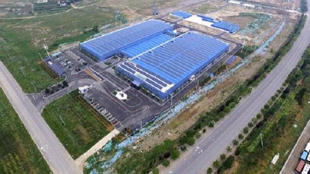 Čínská továrna Rongke Power, která se zabývá výrobou baterií a dodávkami úložišť (zdroj Rongke Power).
