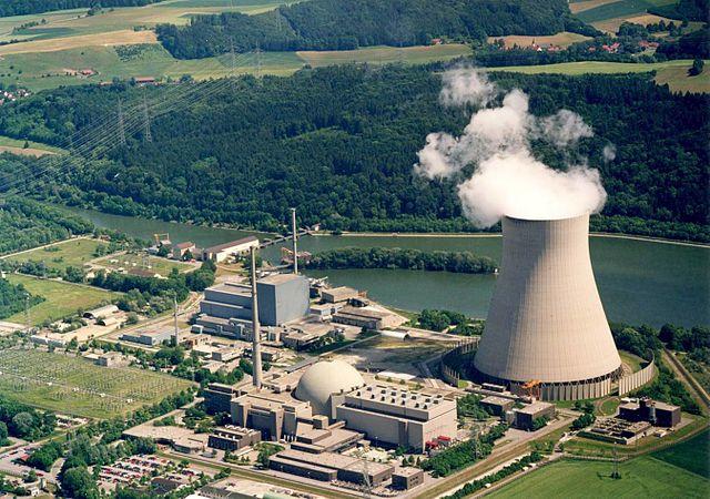 Odstavování jaderných bloků v Německu je jediná část Energiewende, která probíhá podle plánu. Isar 2 bude jedním z posledních bloků, které se v roce 2022 odstaví (zdroj Wikipedie).