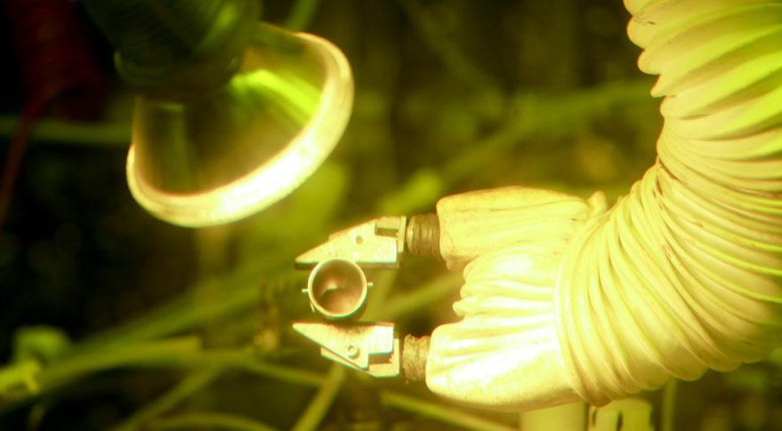 Výroba plutonia-238 není jednoduchá. Kredit: ORNL.