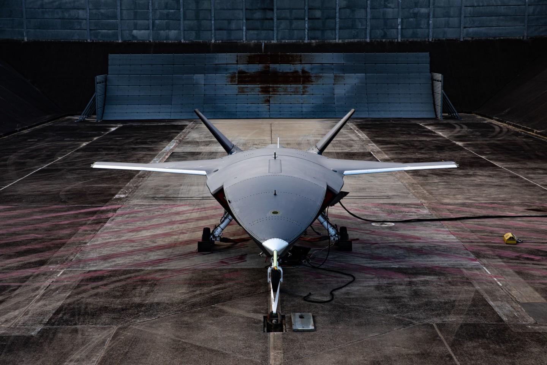 Loyal Wingman při testu motoru. Kredit: Boeing Australia.