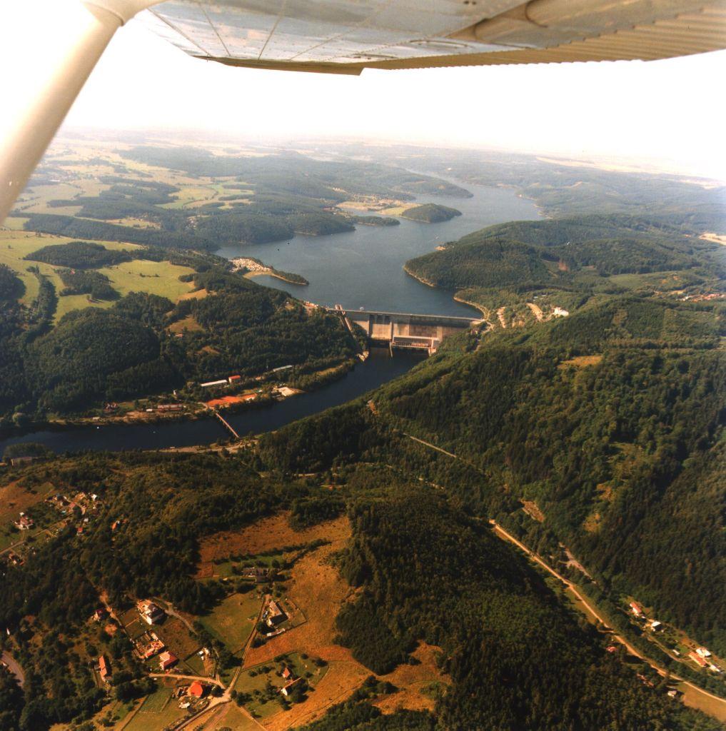 Vodní nádrž a elektrárna Orlík (zdroj ČEZ).