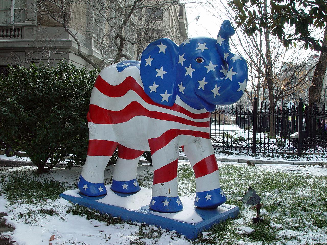 Velmi republikánský slon. Kredit: Jonathan McIntosh / Wikimedia Commons.