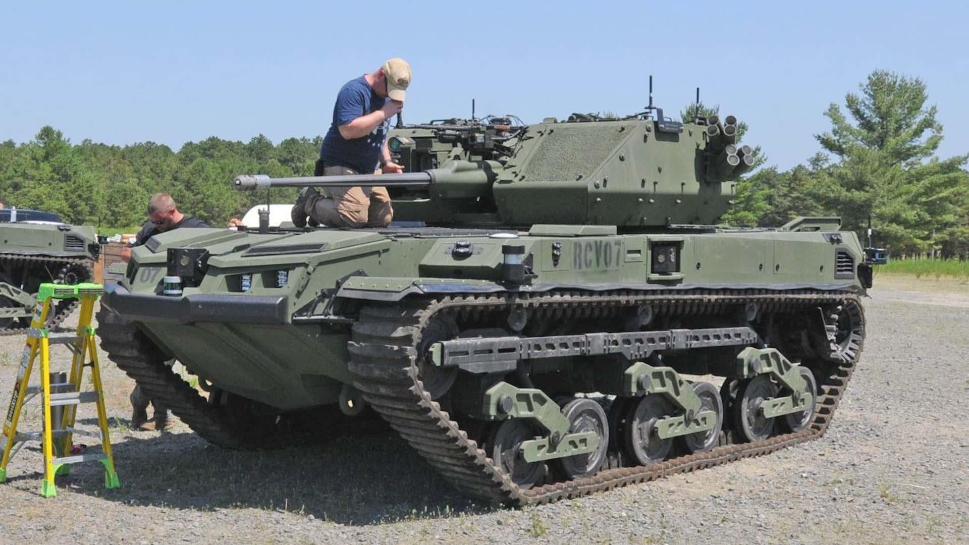 Minitank Ripsaw během testů na Fort Dix. Kredit: US Army.