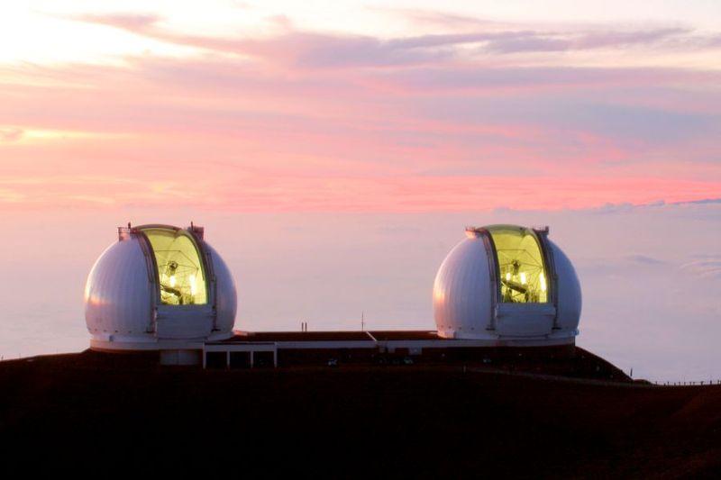W. M. Keck Observatory. Kredit: SiOwl / Wikimedia Commons.