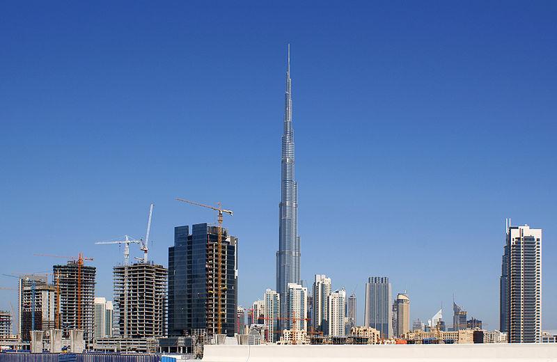 BurdĹľ ChalĂfa, Dubaj. Kredit: Nepenthes / Wikimedia Commons.