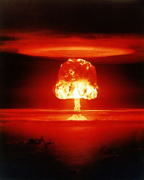 Test Castle Romeo, 11 megatun na atolu Bikini, 1954. Kredit: National Nuclear Security Administration.