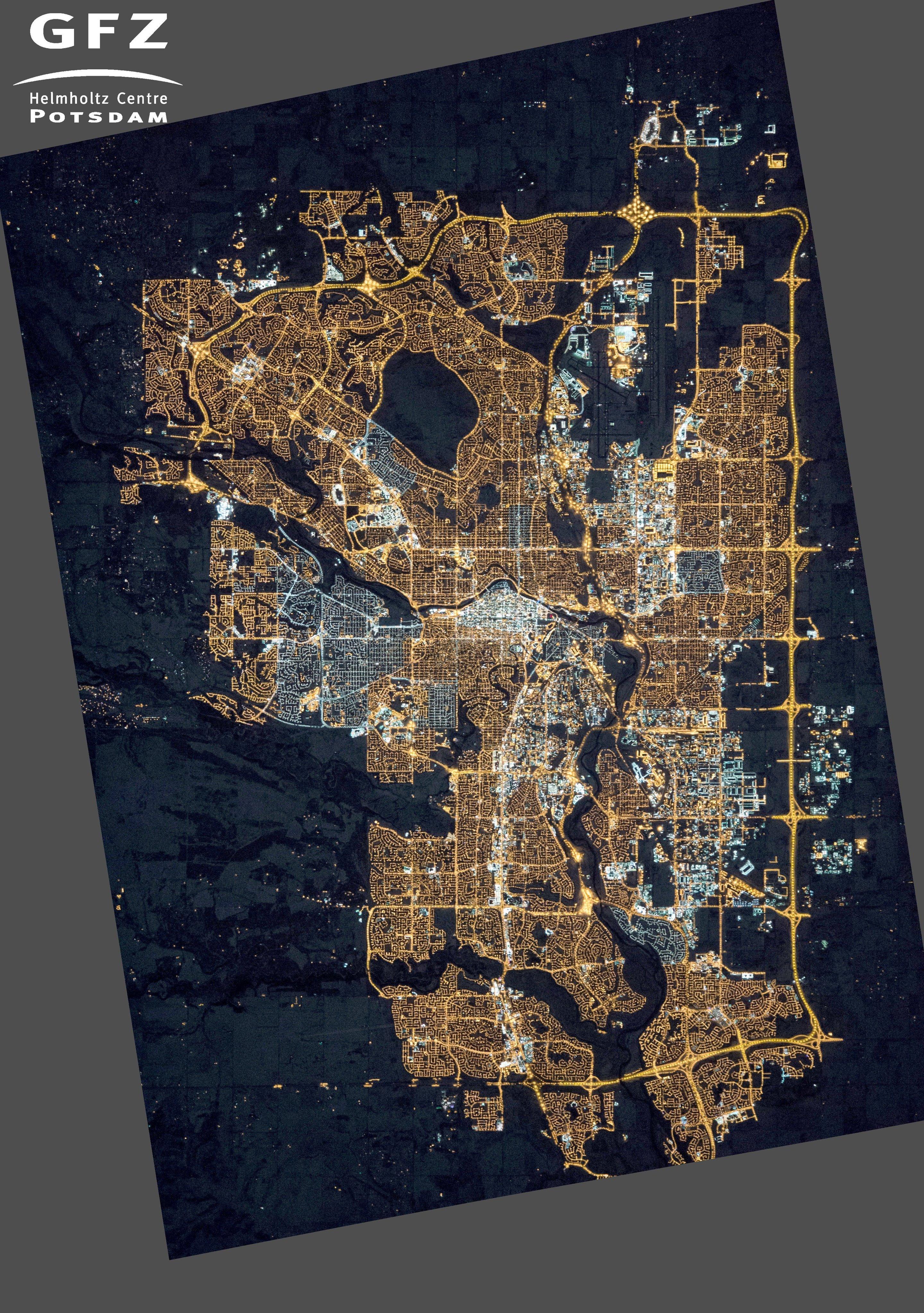 Noční Calgary vříjnu 2015. Snímek zpaluby ISS. Kredit: NASA's Earth Observatory/Kyba, GFZ.