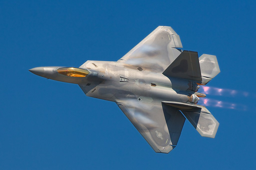 Lockheed Martin F-22A Raptor. Kredit: Rob Shenk / Wikimedia Commons.