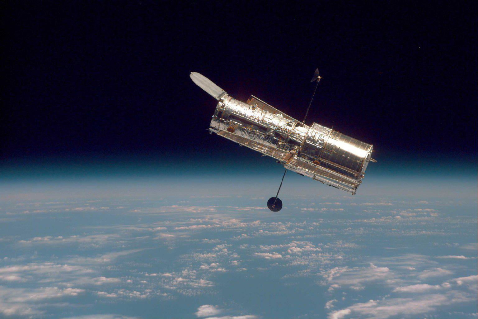 Stále platný Hubble. Kredit: NASA.
