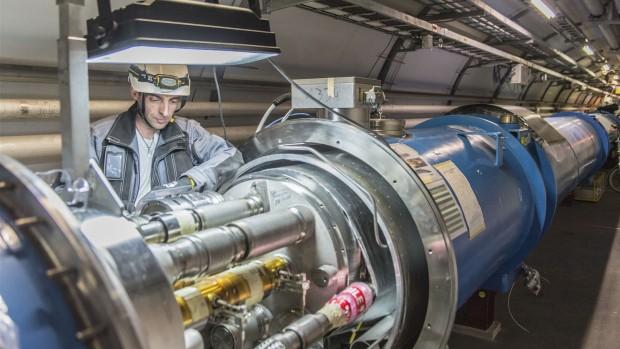 Už se to blíží. Kredit: LHC.
