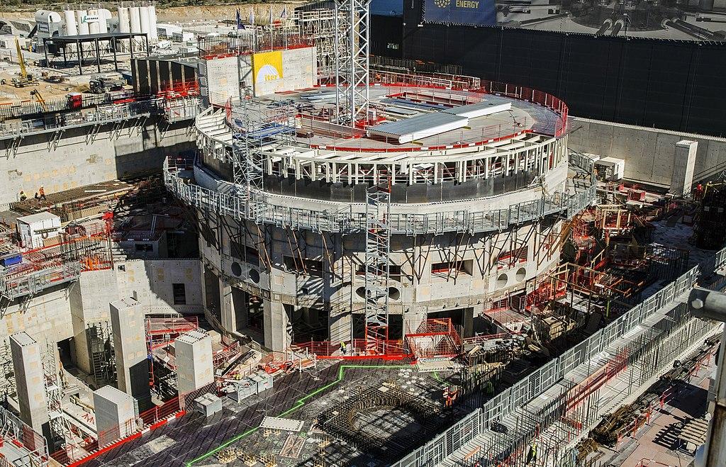 ITER, staveniště vdubnu 2018. Kredit: Oak Ridge National Laboratory.