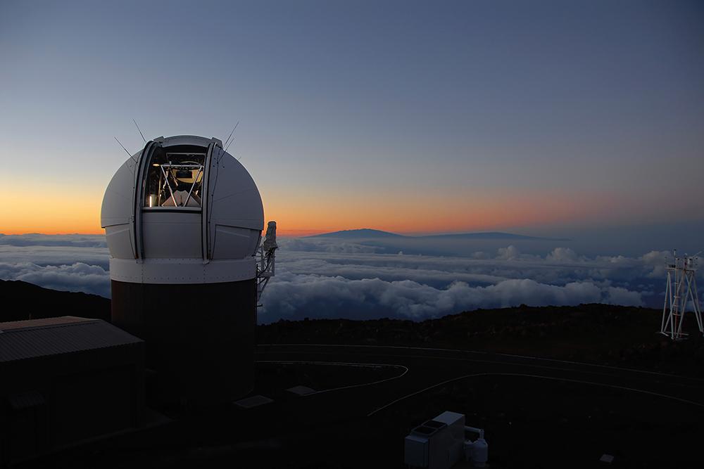 Observatoř Pan-STARRS1 na Havaji. Kredit: Danny Farrow, Pan-STARRS1 Science Consortium & Max Planck Institute for Extraterrestial Physics.