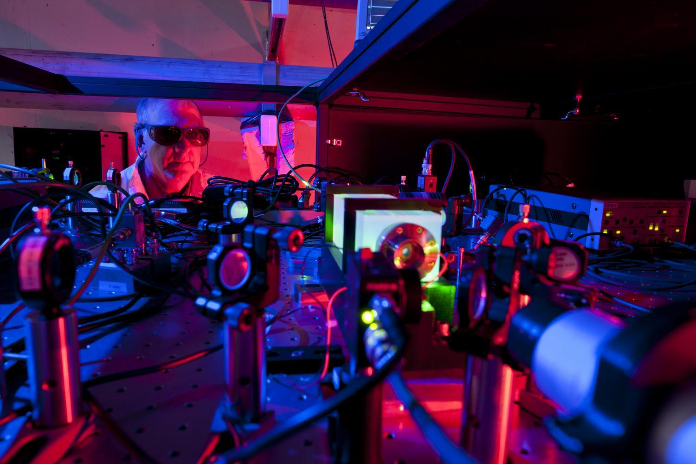 Vsrdci experimentu Holometer. Kredit: Fermilab