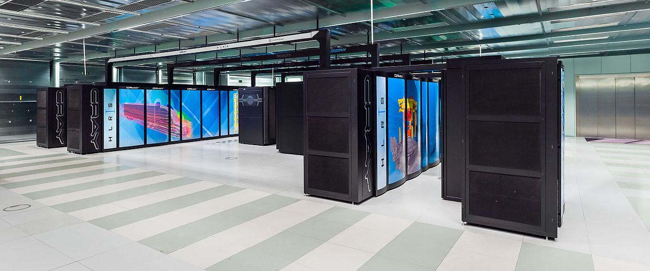 Cray XC40 (Hazel Hen). Kredit: Julian Herzog / Wikimedia Commons.