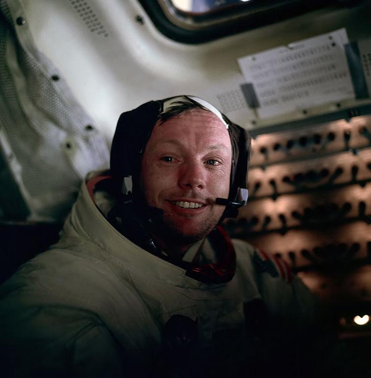 Kdo se stane Neilem Armstrongem vBiomedicínském závodu? Kredit: NASA / Edwin E. Aldrin, Jr.