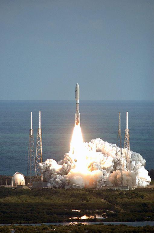Start rakety Atlas Vse sondou New Horizons, 19. ledna 2006. Kredit: NASA / Kim Shiflett.