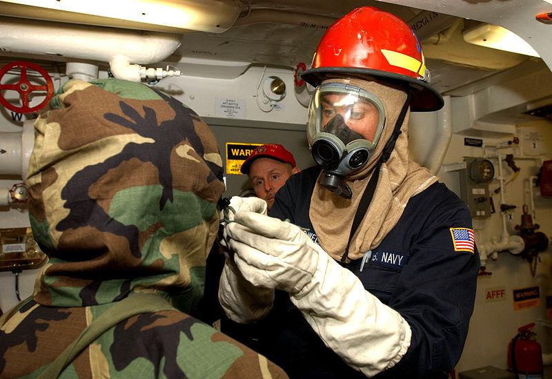 Dnešní armády počítají sbiologickými zbraněmi. Kredit: US Navy.