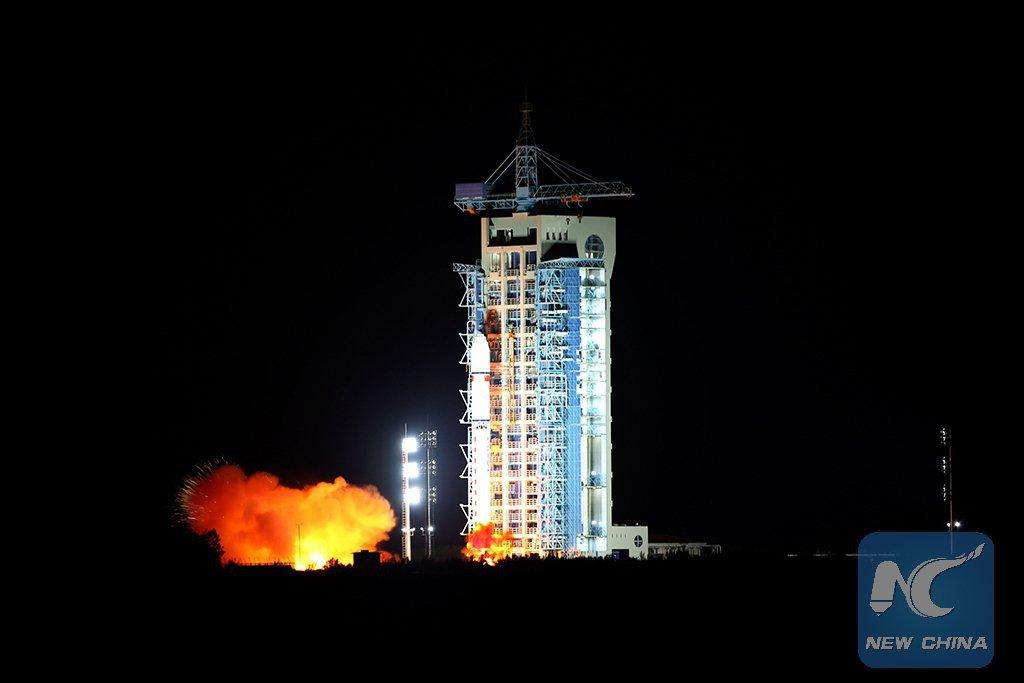 DlouhĂ˝ pochod 2D s druĹľicĂ QSS startuje.  Zdroj: spaceflight101.com