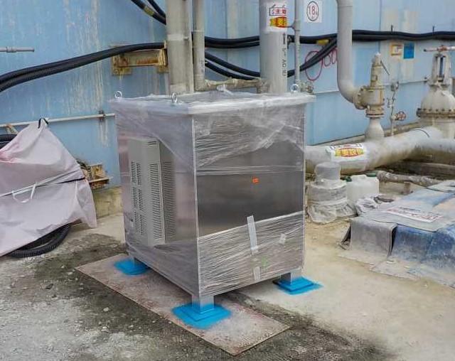 Instalace zařízení pro detekci kosmických mionů (zdroj TEPCO).