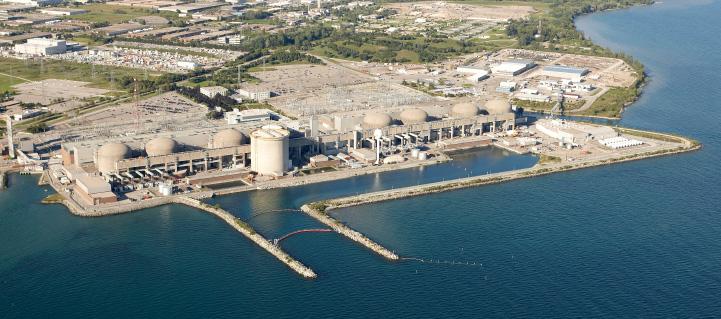 Přechod k nízkoemisní elektroenergetice v provincii Ontario zajistila i elektrárna Pickernig se svými jadernými reaktory typu CANDU (zdroj OPG).