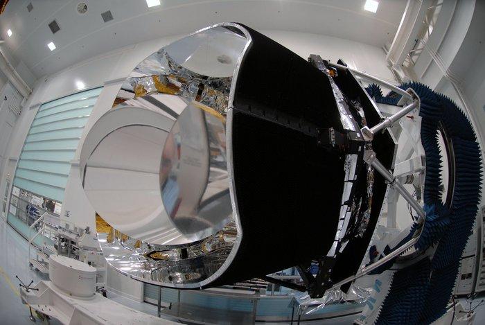 Sonda Planck před vypuštěním (zdroj ESA).