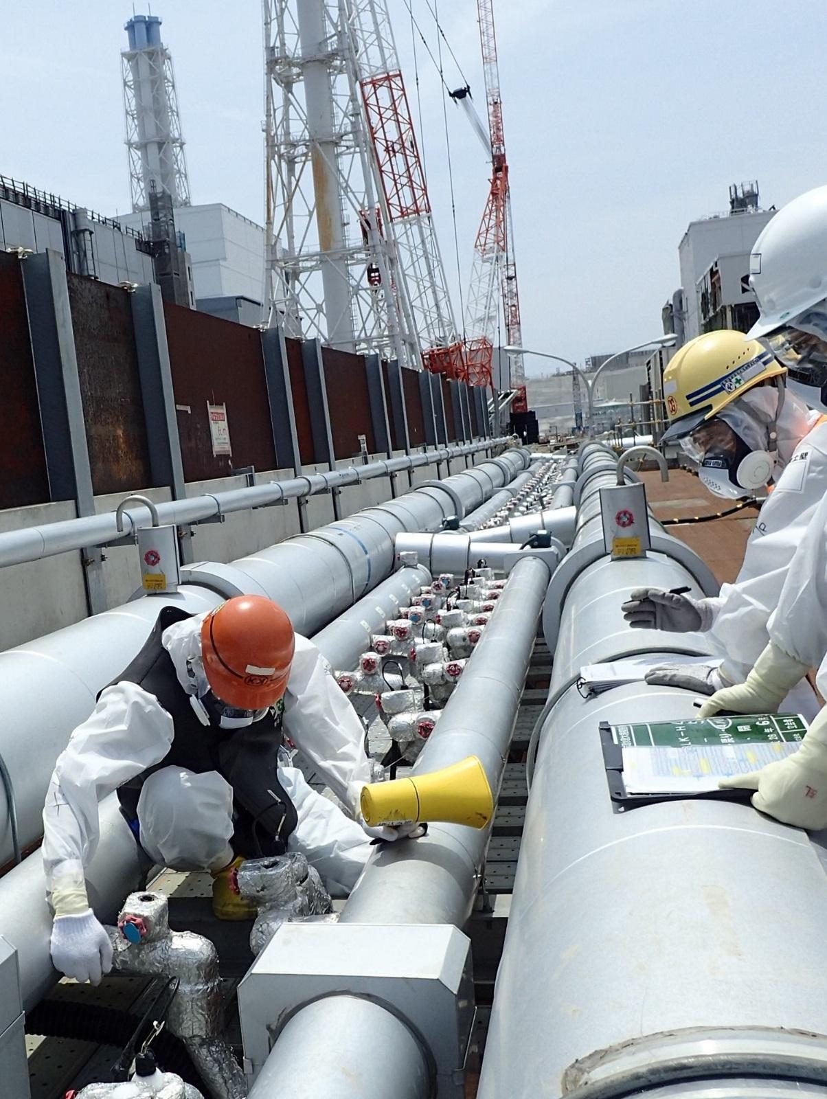 Spuštění druhé fáze zmrazování, které se týká strany nad reaktory (zdroj TEPCO).