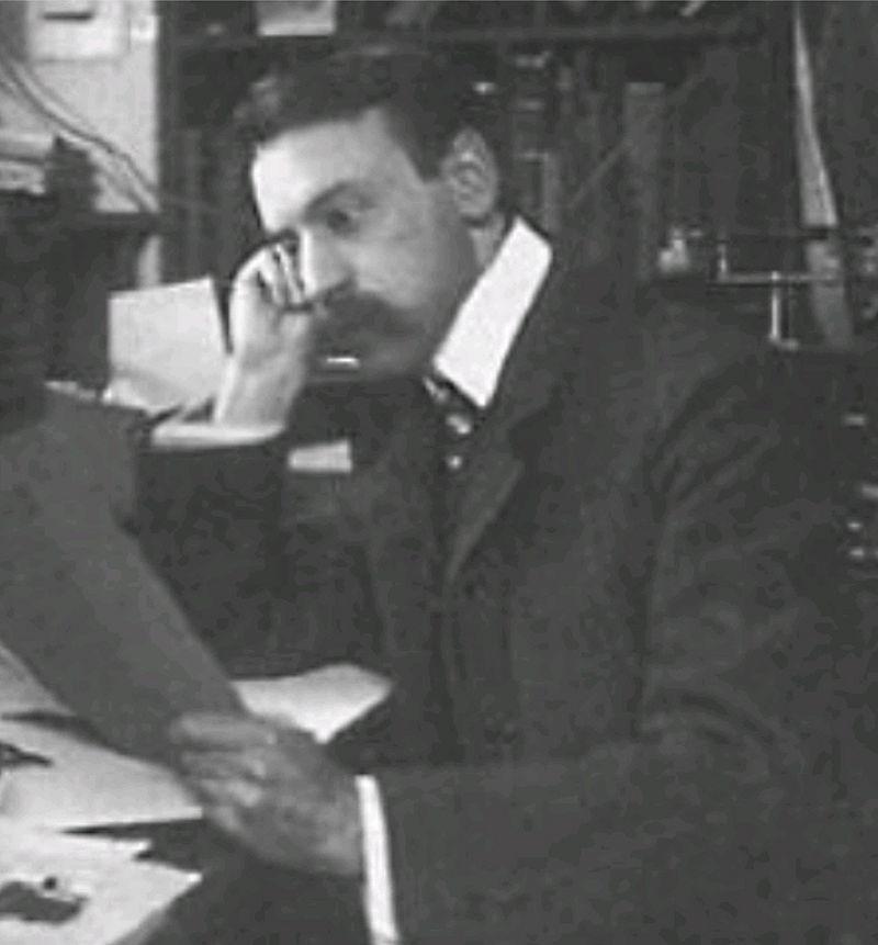 """Ernst Arthur Eichengrün. Vynálezce Protargolu (léku nakapavku, užívaného až do nástupuantibiotik). Objevitel  dezinfekce na bázijodoformu. Vynálezce Cellonu (nehořlavého nátěru na letadla). Vlastník 47 patentů. Jeho vlastnictví nacisté """"arizovali"""""""