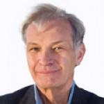 John Abbot, matematik. Z teplotních řad zpracovaných metodou neuronových sítí mu vychází, že Zemi provází přirozené výkyvy doprovázené teplotními oscilacemi a ty lze místně stanovit a podle nich prognózovat další vývoj. Klimatologové z IPCC oponují t