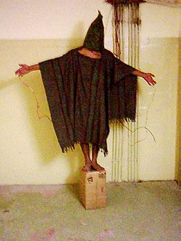 Šikanovanie väzňov v Abú Ghraib bolo neprijateľné