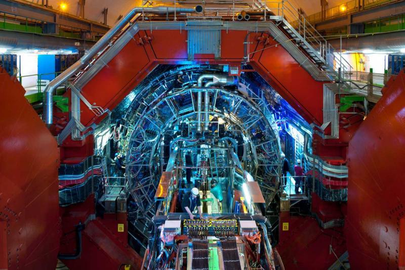 LHC, detektor ALICE. Kredit: A Saba / CERN.