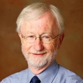 """Charles A. O'Reilly (profesor na Stanford): """"Narcista se nezmění."""" (Kredit: Stanford)"""
