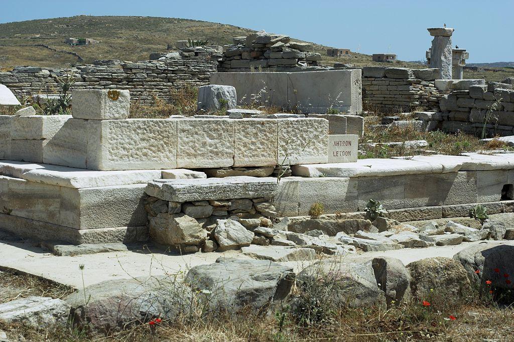 Chrám bohyně Létó na Délu, 550 před n. l. Kredit: Wikimedia Commons.