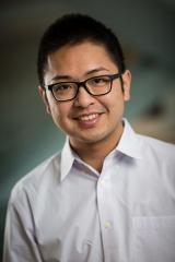 Danny Hung-Chieh Chou, biochemik na lékařské fakultě University of Utah, vedoucí výzkumného kolektivu. Kredit: University of Utah.