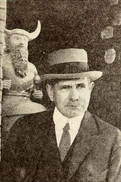Edgar Banks, Indiana Jones našeho světa. Kredit: volně dostupné/Wikimedia Commons.