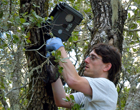Eric Abelson, ekolog a konzervaÄŤnĂ biolog,  Stanford University