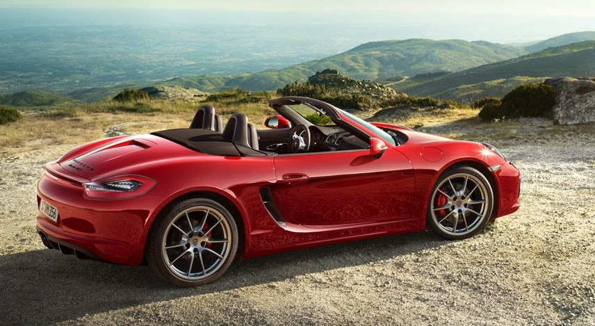 Znalci říkají, že nejsilnějším afrodisiakem je Porsche a zlatá kreditka. V době neolitu mohl stejně dobře fungovat tažný vůl a naleštěný tlouk za pasem.
