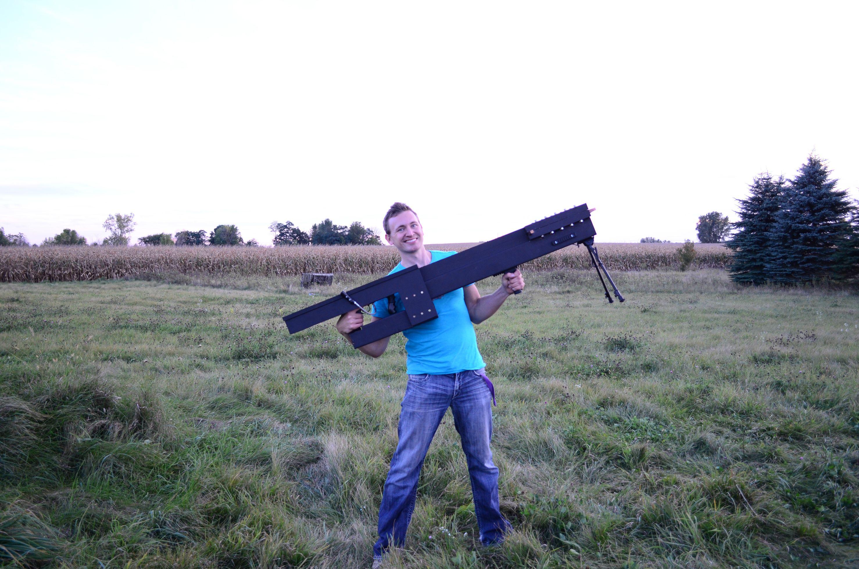 Podomácku vyrobený 250 lb Railgun. (Kredit:  imgur)