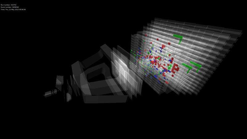 Jedna z prvních srážek při energii 13 TeV pozorovaná pomocí experimentu LHCb (zdroj CERN).