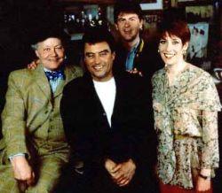 Pro mnohé je pojem Lovejoy spojen spíše než s kometou, s hvězdou - Johnem Grantem, který v televizním pořadu BBC ztvárnil hlavní postavu v komedií z pera Jonathana Gashe. (Kredit: BBC)