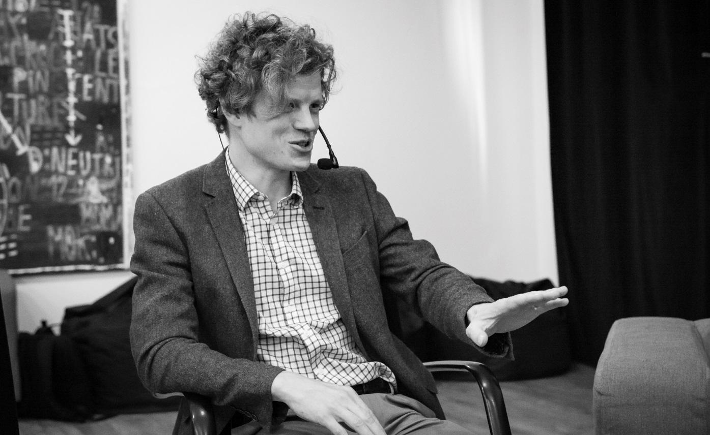 Moderátorem diskuze byl Matěj Chytil (foto Andrea Malíková).