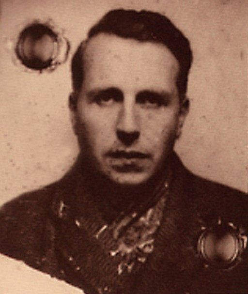 Georges Bataille roku 1940. Kredit: vpagnouf, Wikimedia Commons . Licence CC BY-SA 2.0.