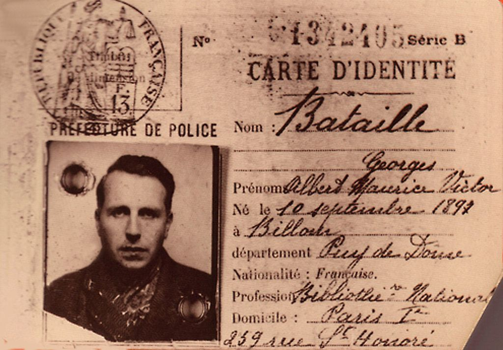 Identifikační karta z roku 1940. Kredit: vpagnouf, Wikimedia Commons  Licence CC BY-SA 2.0.