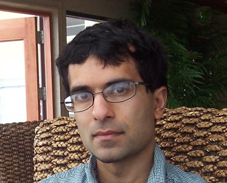 Šéf výzkumného týmu, Soumya Raychaudhuri, lékař, genetik a bioinformatik z Harvardovy lékařské fakulty.