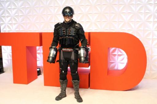 Richard Browning přišel na konferenci TED jako Iron Man