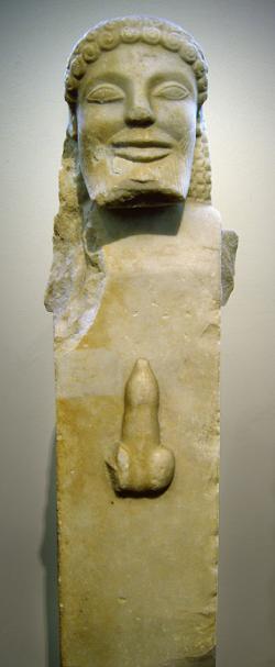 Hermés Ithyfallikos, zdroj sil přirozenosti, 520 před n. l., sifnijská práce pro Delfy, nyní v Národním muzeu v Athénách. Kredit: André Frantz, Wikipedia. https://commons.wikimedia.org/wiki/User:Zde/Hermes#/media/File:0007MAN-Herma.jpg