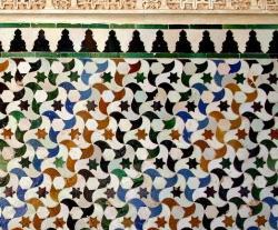 https://en.wikipedia.org/wiki/Alhambra#/media/File:Tassellatura_alhambra.jpg