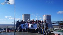 Pracovníci na Běloruské jaderné elektrárně (zdroj Rosatom).